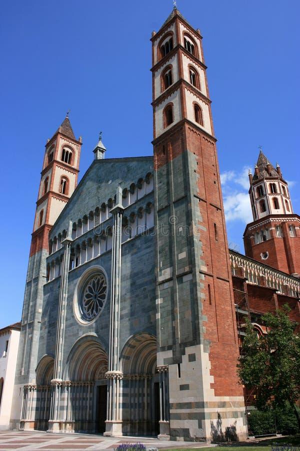 Download Vercelli fotografia stock. Immagine di mattoni, chiesa - 6339194