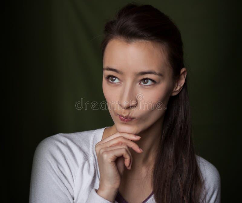 Verdachte vrouw royalty-vrije stock afbeelding
