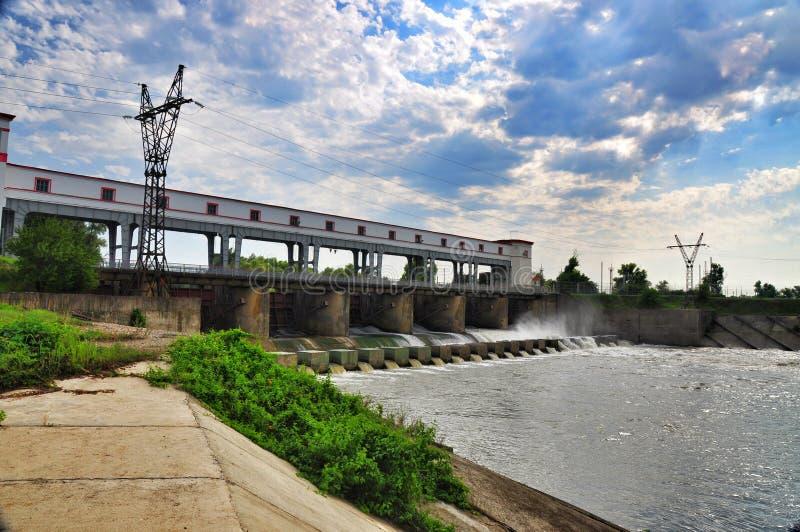 Verdammung des Wasserkraftwerks stockfotografie