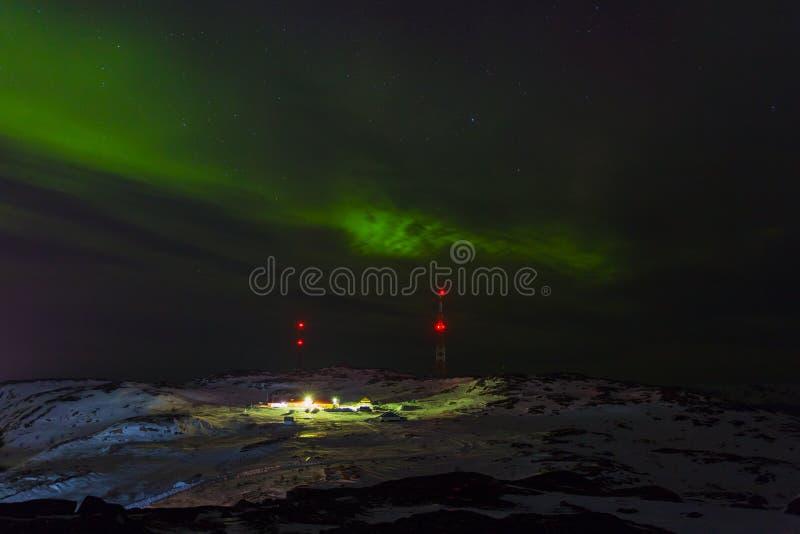 Verde del aurora borealis en Teriberka imágenes de archivo libres de regalías