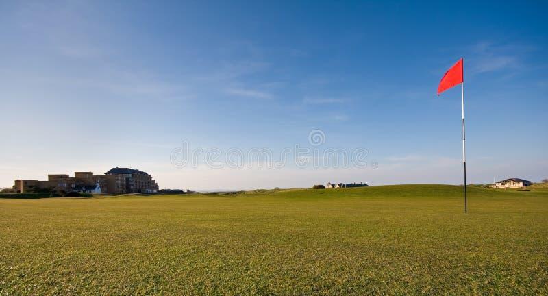 Verde di golf sul vecchio corso della st Andrews immagini stock