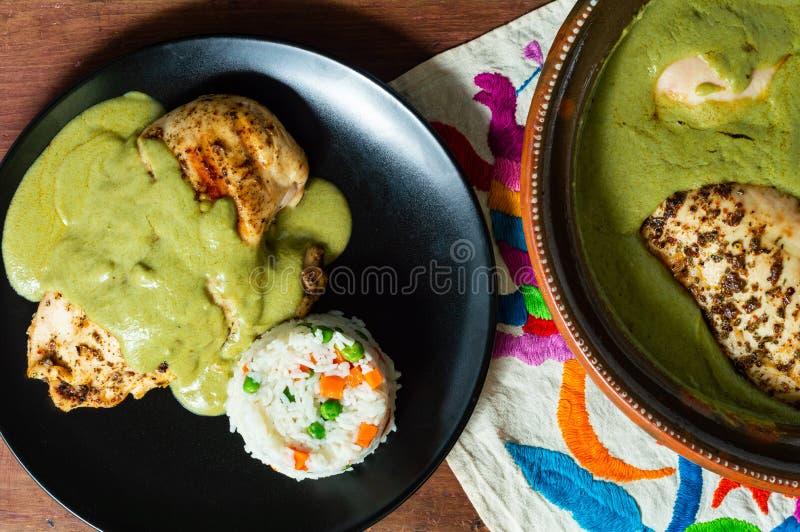 Verde pipian o del topo pipian verde, comida mexicana tradicional imagen de archivo
