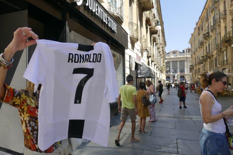 Verdedigers die van Juventus FC gek voor de nieuwe speler van Cristiano Ronaldo voor volgende seizoen gaan royalty-vrije stock afbeelding