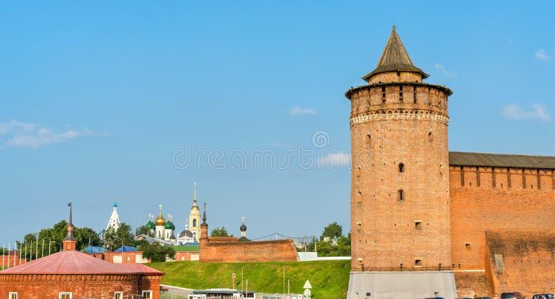 Verdedigingsmuren van het Kremlin in Kolomna, Rusland royalty-vrije stock fotografie