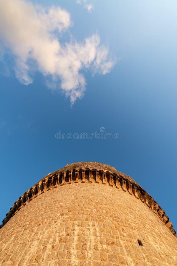 Verdedigingstoren in Dubrovnik stock afbeeldingen