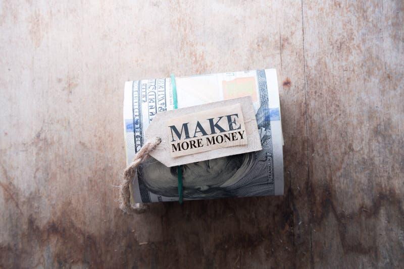 Verdienen Sie mehr Geld stockfotos