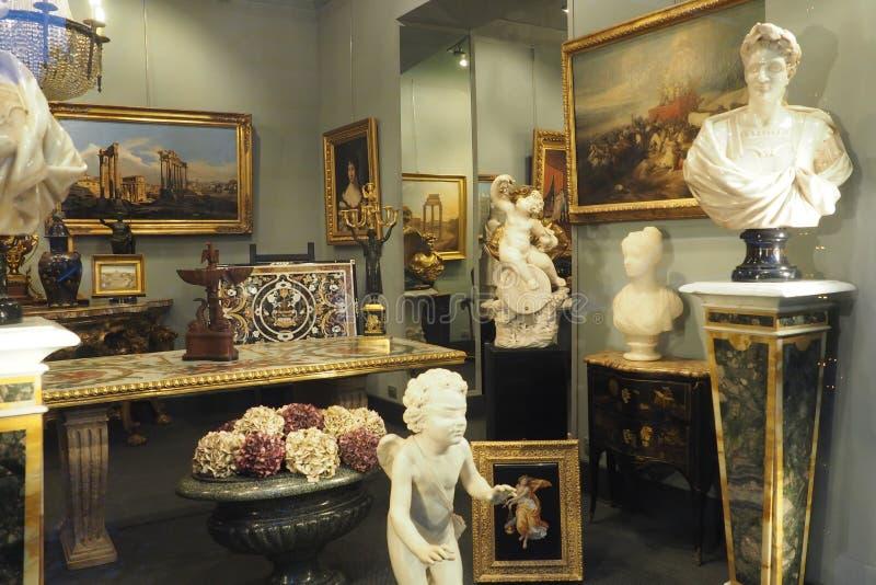 Verdini Antiques Dealer em Roma, Itália imagens de stock royalty free