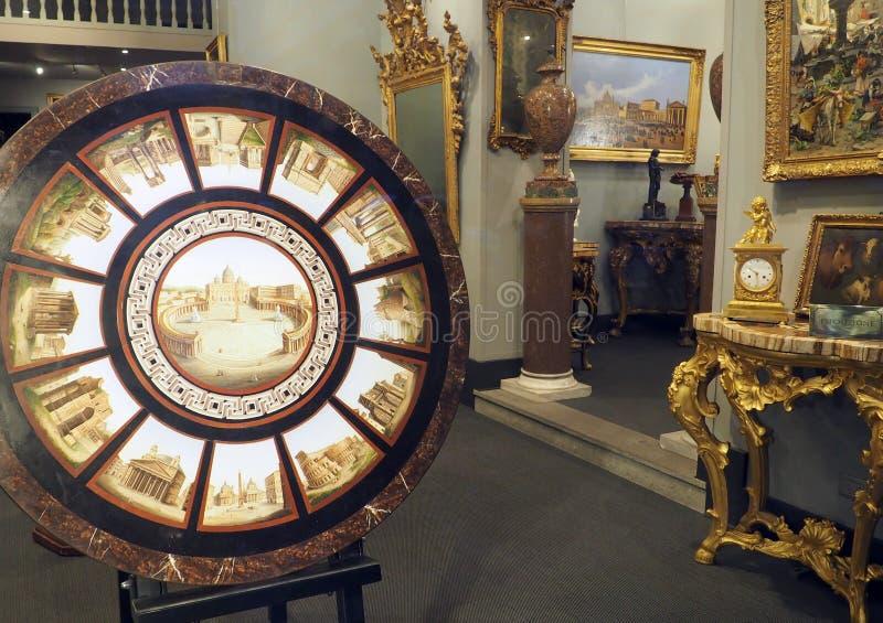 Verdini Antiques Dealer em Roma, Itália fotos de stock