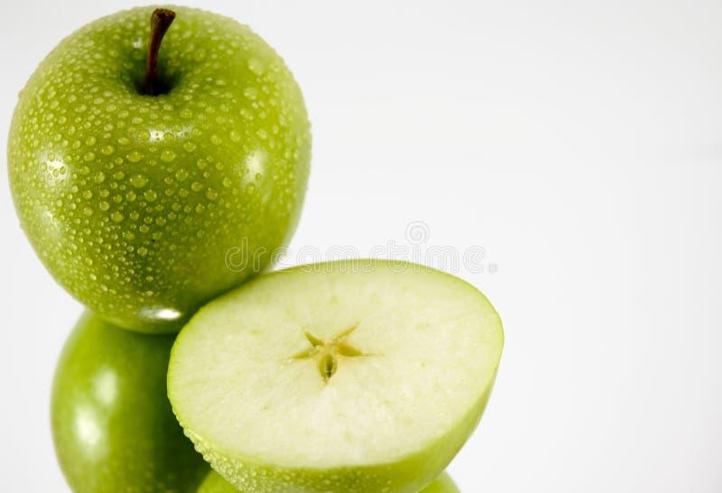 Download Verdissez la pomme image stock. Image du nourriture, closeup - 2132557