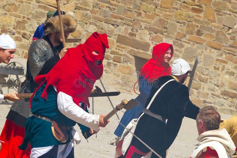 Verdugo en festival histórico en la fortaleza de Sudak imágenes de archivo libres de regalías