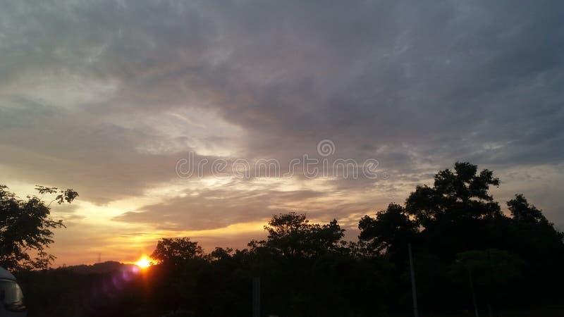 Verdunkelter Himmel stockfotografie