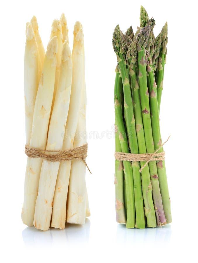 Verdura bianca e verde fresca del mazzo dell'asparago isolata fotografia stock