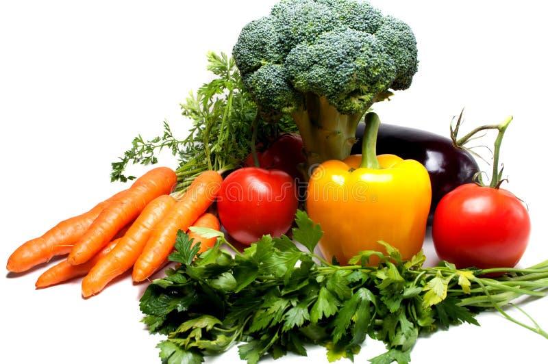Download Verdura Fresca Isolata Su Bianco Immagine Stock - Immagine di vitamina, gusto: 56889789