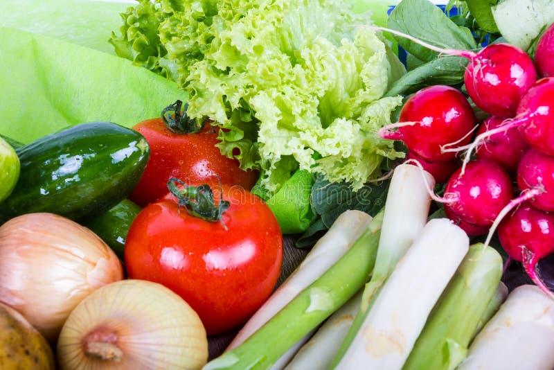 Verdura para una comida sana imagenes de archivo