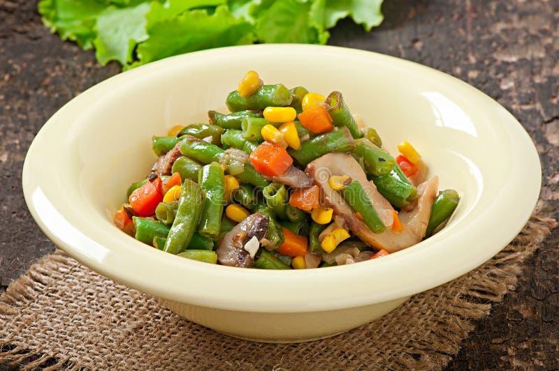Download Verdura Stew foto de archivo. Imagen de cocinado, orgánico - 41916910