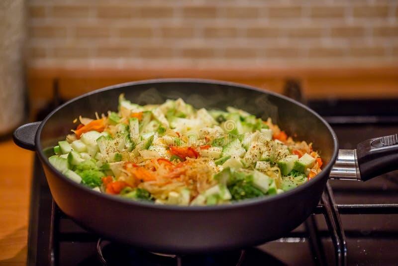Verdura Stew Concepto: nutrici?n apropiada o plato diet?tico fotografía de archivo
