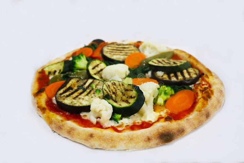 Verduras aisladas, comida de la pizza del italiano del restaurante fotos de archivo libres de regalías