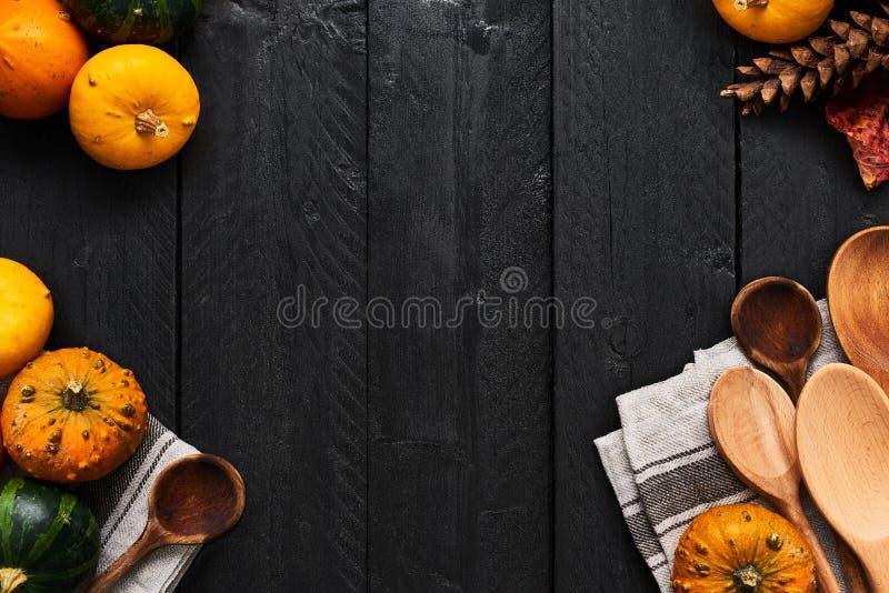 Verduras del otoño que cocinan la preparación Concepto del marco de la comida fotos de archivo