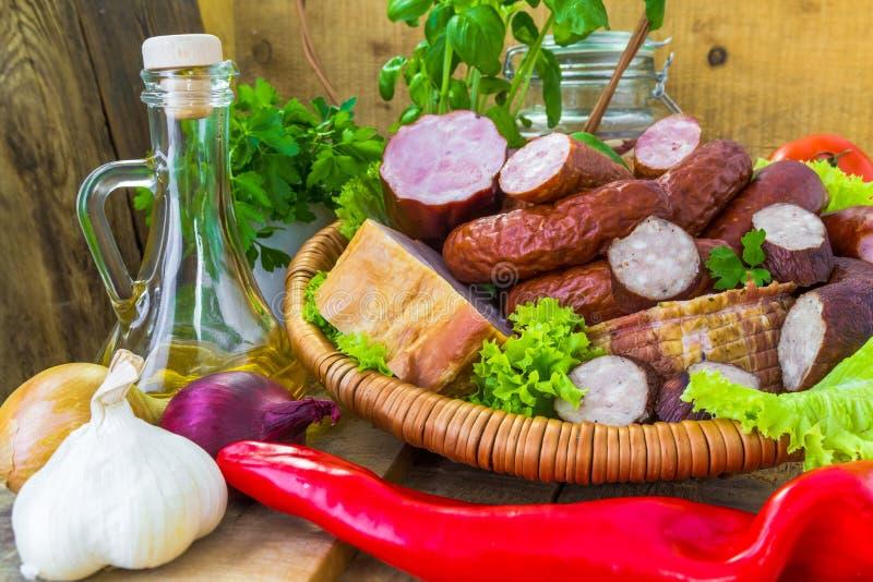 Download Verduras Del Tocino De La Salchicha De Las Carnes Del Surtido Imagen de archivo - Imagen de jamón, dieta: 44853755