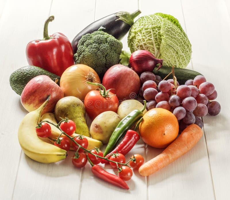 Verduras y frutas de la foto de la comida fotos de archivo