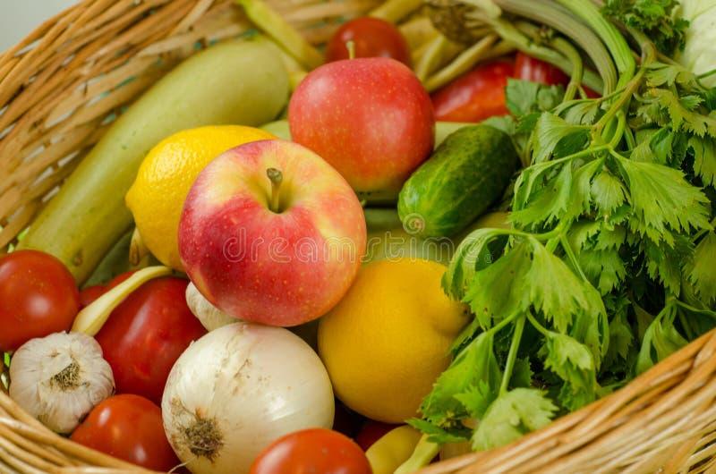 Verdure e frutta fotografie stock