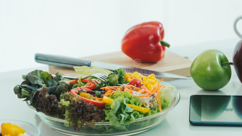 Verdure sane e frutta Per la forza del corpo fotografia stock libera da diritti