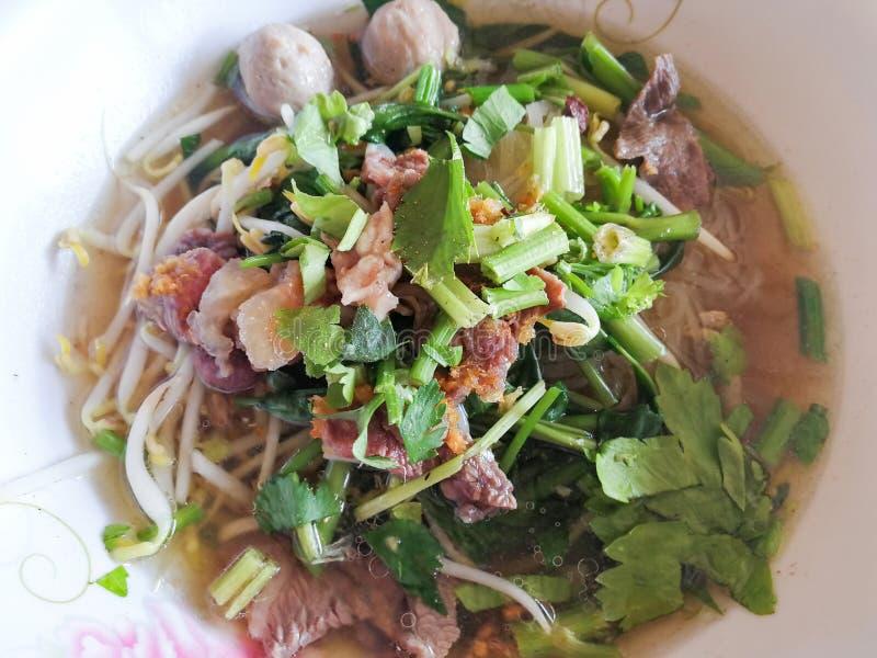 Verdure tailandesi della minestra di pasta dell'alimento fotografia stock