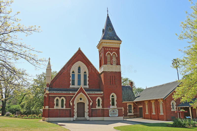 Vereinigende Kirche St. Arnaud ist eine viktorianische gotische angeredete Kirche, die im Jahre 1875 konstruiert wird Die Sonntag stockfotos