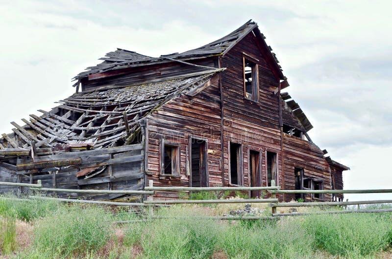 Verfallene verlassene Scheune, Osooyoos, Britisch-Columbia, Kanada stockfotos