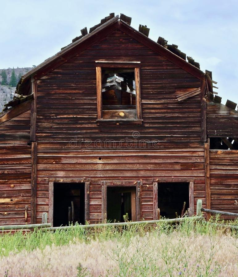 Verfallene verlassene Scheune, Osooyoos, Britisch-Columbia, Kanada lizenzfreie stockfotografie