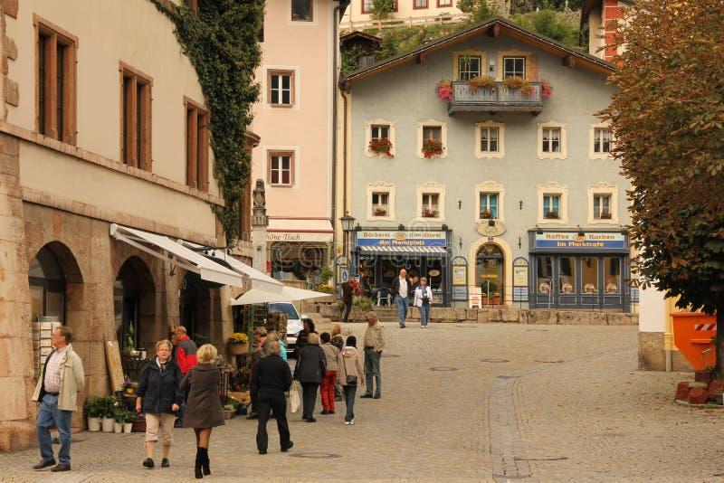 Verfraaide huizen in de oude stad Berchtesgaden duitsland royalty-vrije stock fotografie