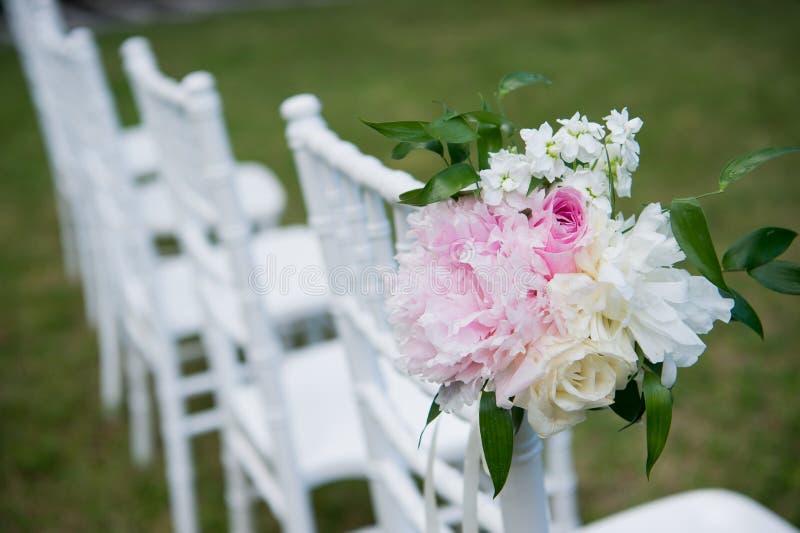 Verfraaide huwelijksstoel Formeel, huwelijk royalty-vrije stock foto
