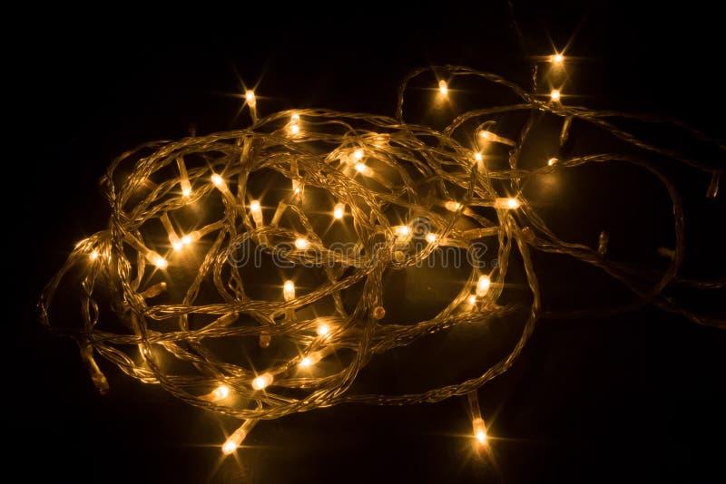 Verfraaide traditionele slinger van lichten stock fotografie
