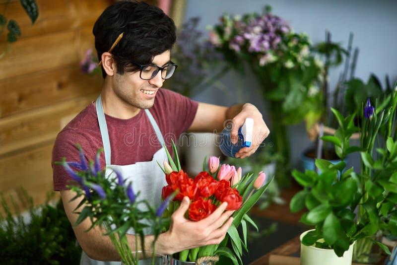 Verfrissende tulpen stock afbeeldingen