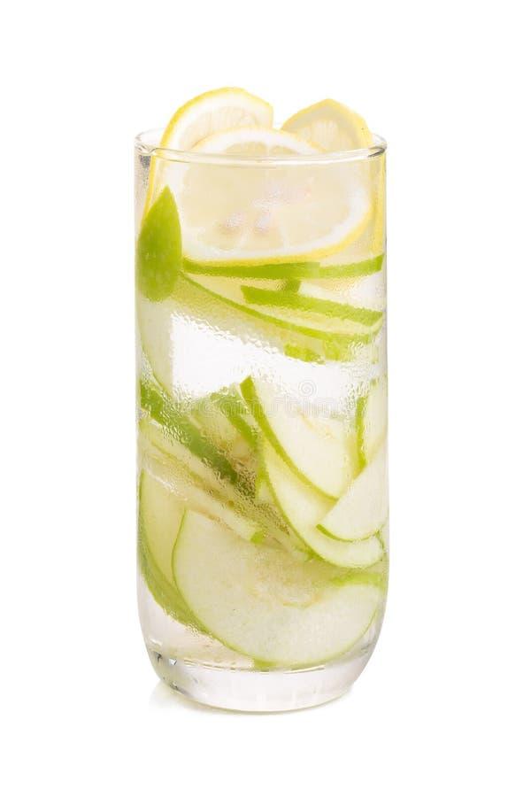 Verfrissing met citroen en groene appel stock foto's