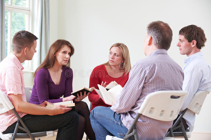 Vergadering van BijbelStudiegroep stock afbeelding