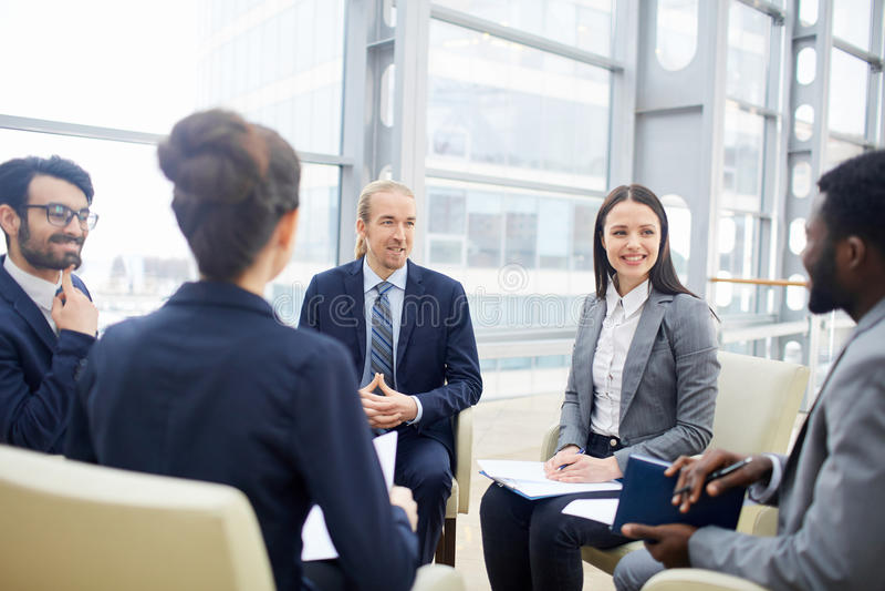 Vergadering van managers royalty-vrije stock afbeeldingen