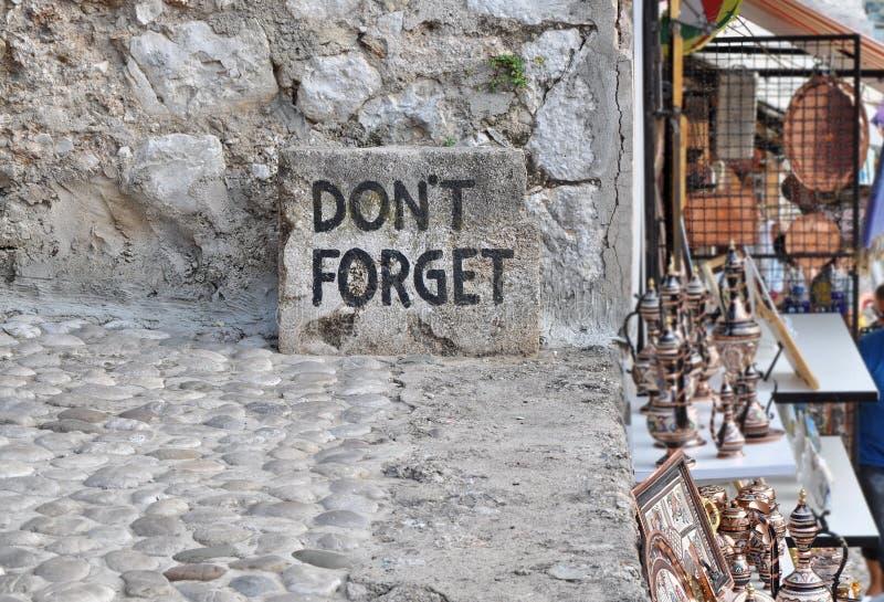 Vergeet geen tekst in Mostar, royalty-vrije stock foto