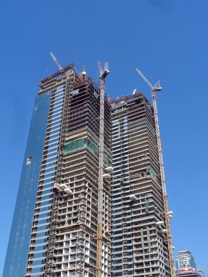 Verglazing van de voorgevel van het gebouw stock afbeelding