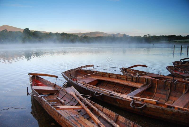 Boote bei Keswick stockfotos