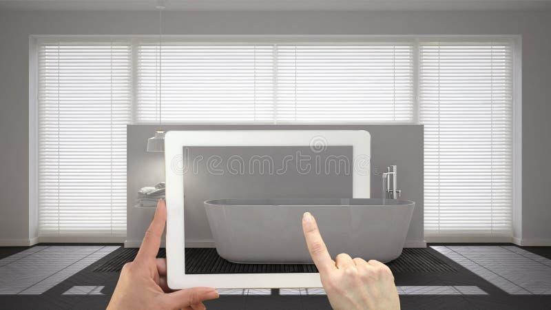 Vergroot werkelijkheidsconcept De tablet van de handholding met de toepassing van AR wordt gebruikt om meubilair en binnenlandse  royalty-vrije stock foto