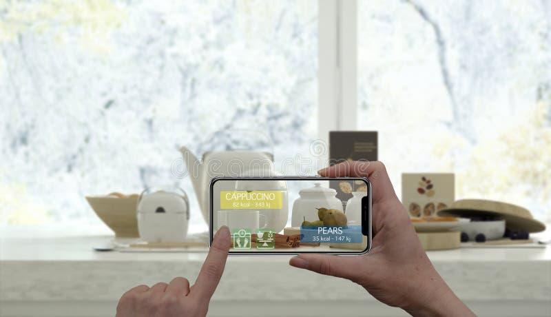 Vergroot werkelijkheidsconcept Hand die de digitale toepassing van het gebruiksar van de tablet slimme telefoon houden om informa stock foto