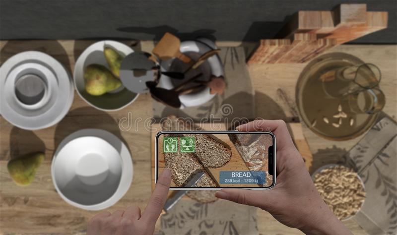 Vergroot werkelijkheidsconcept Hand die de digitale toepassing van het gebruiksar van de tablet slimme telefoon houden om informa royalty-vrije stock foto