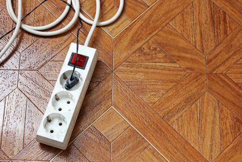 Vergroting op de houten vloer Draagbare afzet royalty-vrije stock foto's