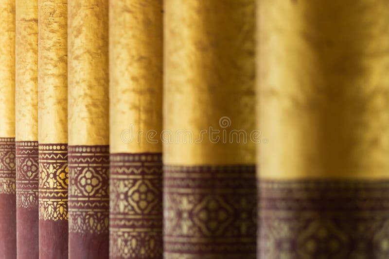 Vergulde kolommen van het Koninklijke paleis van Mandalay, Myanmar royalty-vrije stock afbeeldingen