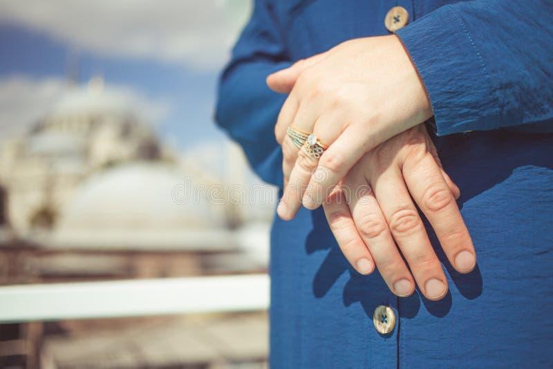 Hand ehering türkei welche Verlobungsring mann