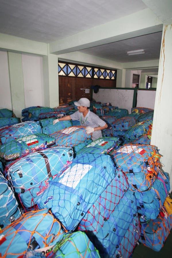 Verificando sacos do Haj imagens de stock royalty free