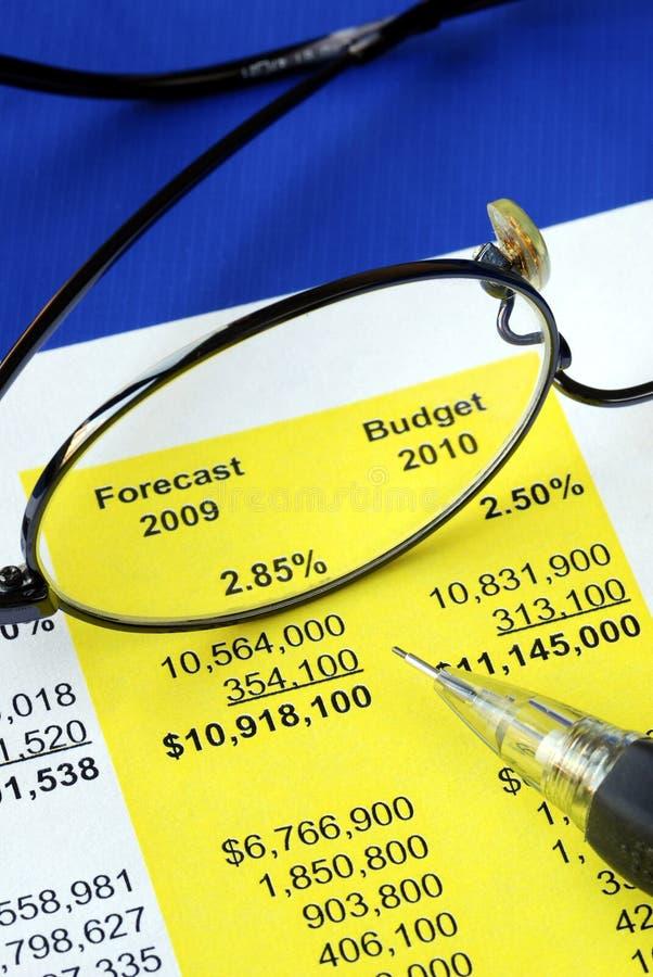 Verifichi il rendiconto finanziario proposto fotografia stock