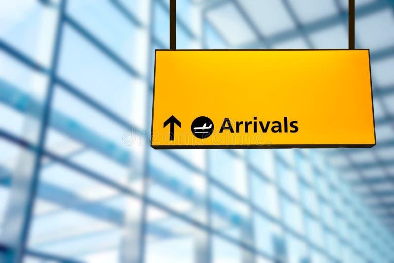 Verifique dentro, sinal da placa da informação da partida do aeroporto & da chegada fotos de stock