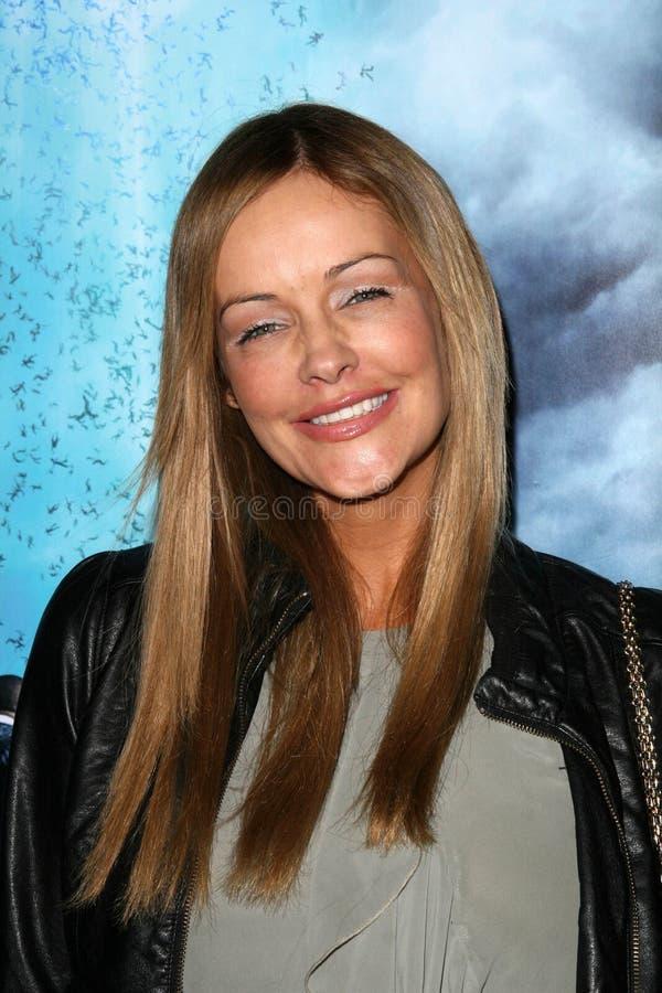 Verina Marcel bij de Première van Los Angeles van de ?Horizon?, Vorstelijke Bioskopen, Los Angeles, CA. 11-09-10 stock afbeelding